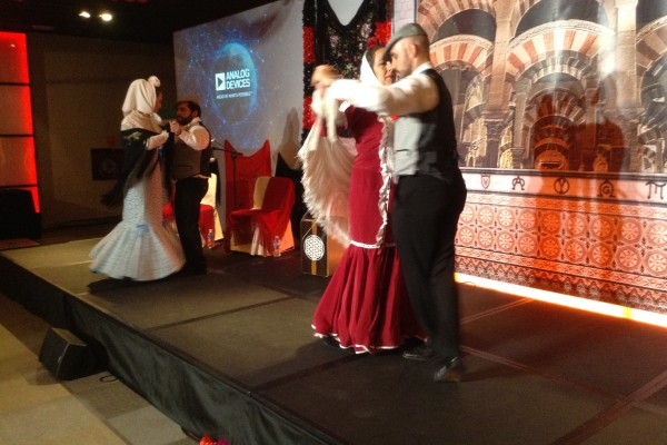 CHOTIS  DANCERS 2